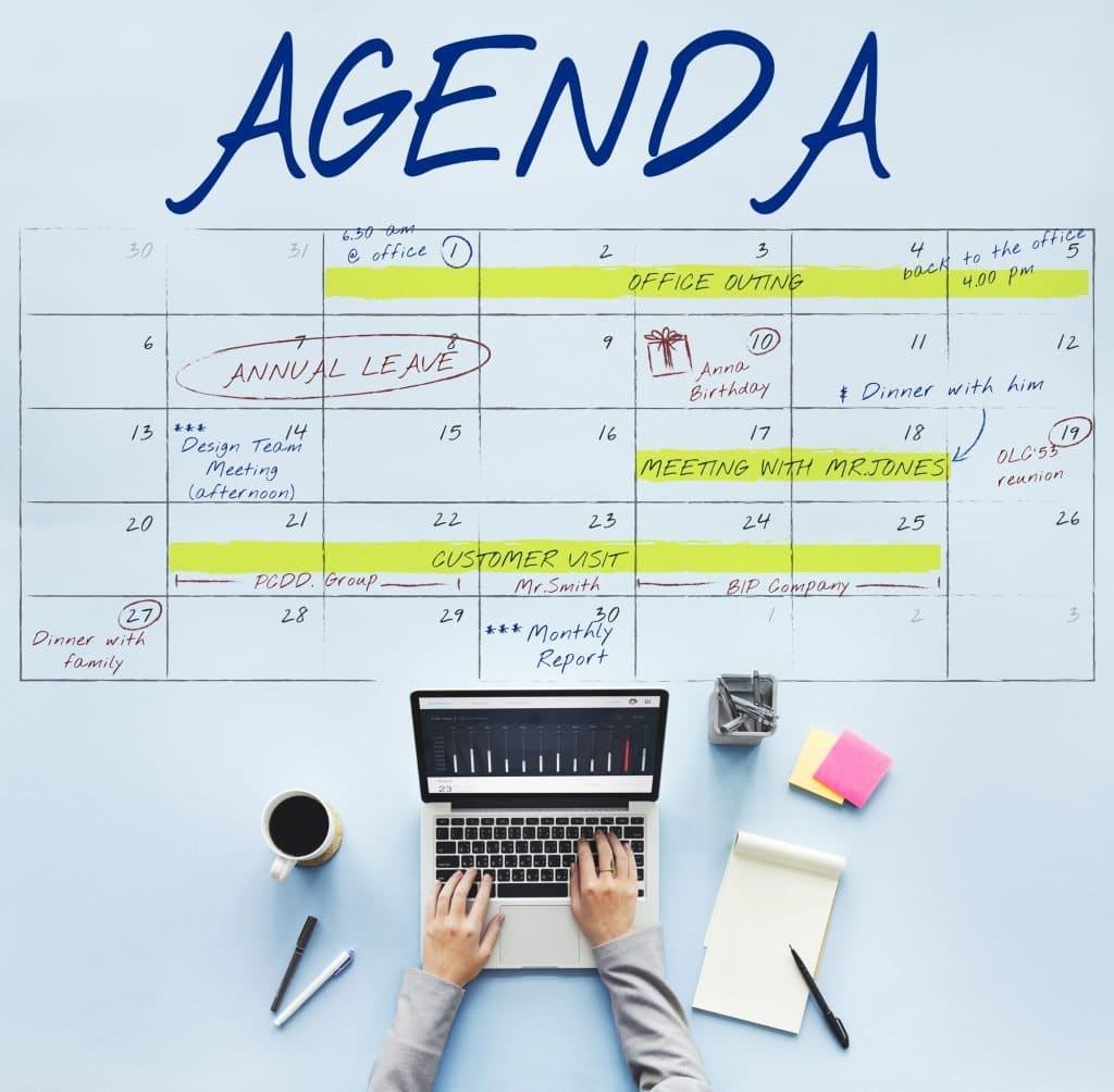 , Use Editorial Calendars to Keep Your Social Media Organized, Fast Marketing Minute
