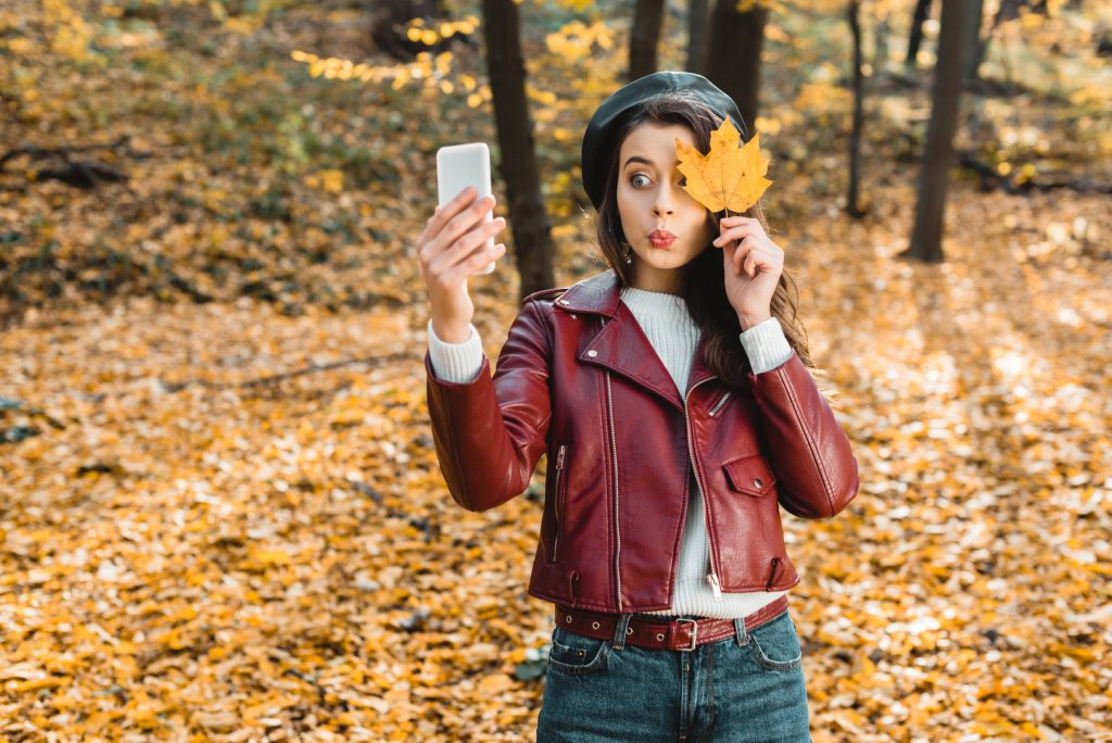 , Behind the Scenes Photo Strategies of Instagram Influencers, Fast Marketing Minute