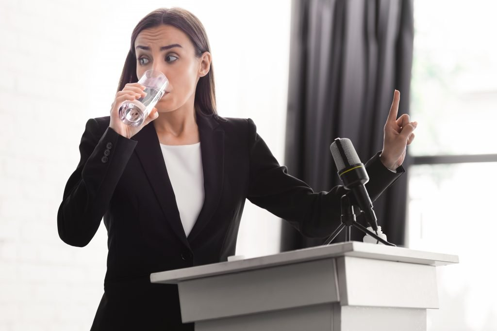 , Don't Make These 5 Public Speaking Mistakes, Fast Marketing Minute