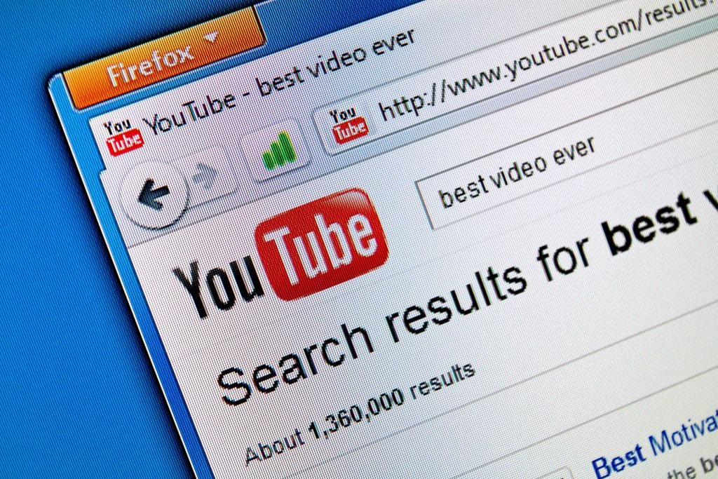 , 5 Quick Tips to Write Better YouTube Descriptions, Fast Marketing Minute