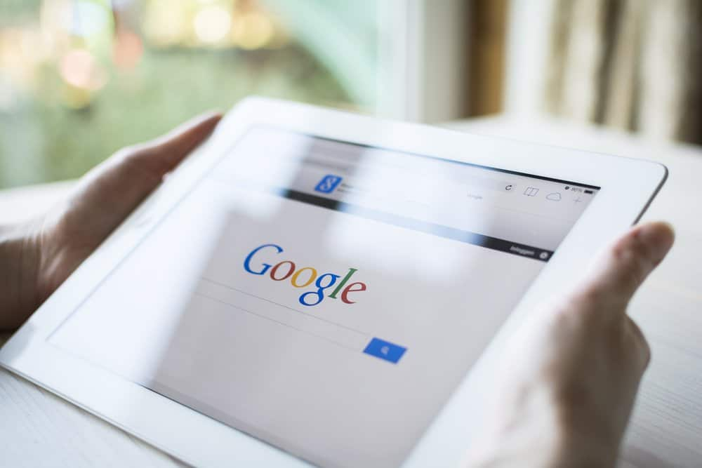 , The Skinny on Google's Discover Mobile Feed, Fast Marketing Minute, Fast Marketing Minute