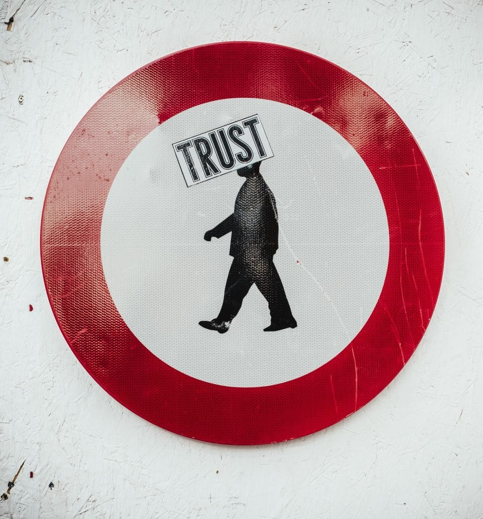 , 5 Marketing Tips to Build Social Media Trust, Fast Marketing Minute