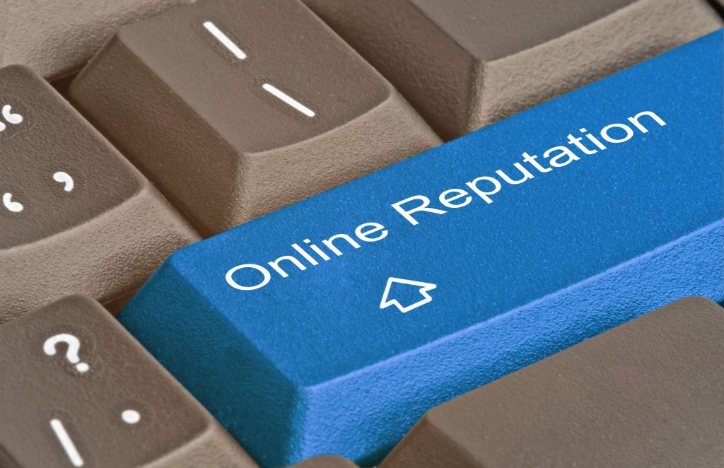 , 4 Marketing Tips to Build a Strong Online Reputation, Fast Marketing Minute