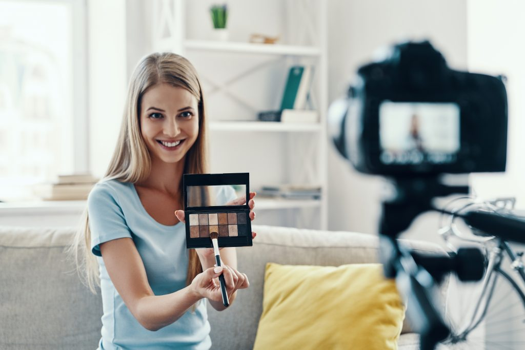 , 4 Short-form Video Marketing Trends for 2021, Fast Marketing Minute